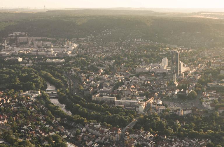 Blick ins Jenaer Saaletal von oben